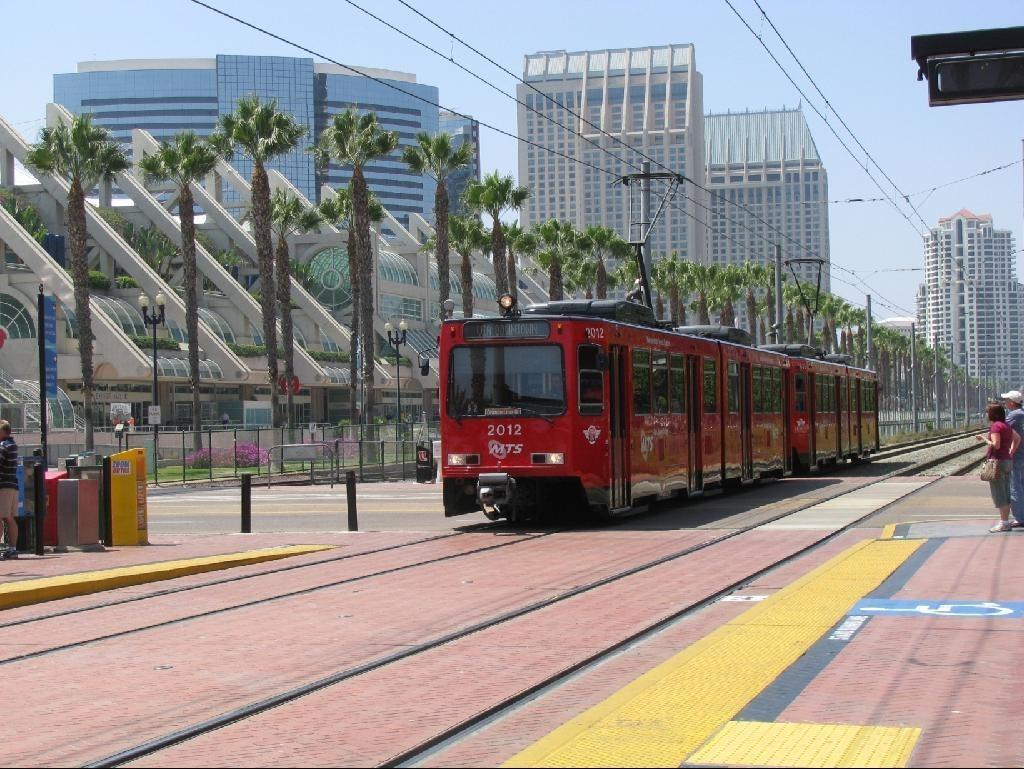 4676558-San_Diego_Metropolitan_Transit_System_San_Diego